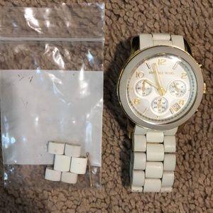 Michal Kors Watch